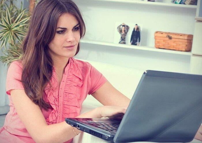 Работа веб моделью с ежедневной выплатой