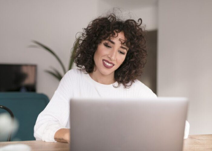 Работа веб моделью в Баткене в интернете